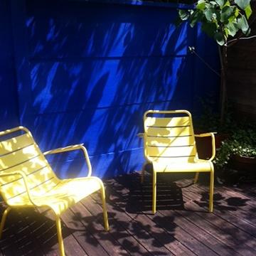 chaux, peinture naturelle, peinture écologique, idée couleur jardin, peinture bleue jardin
